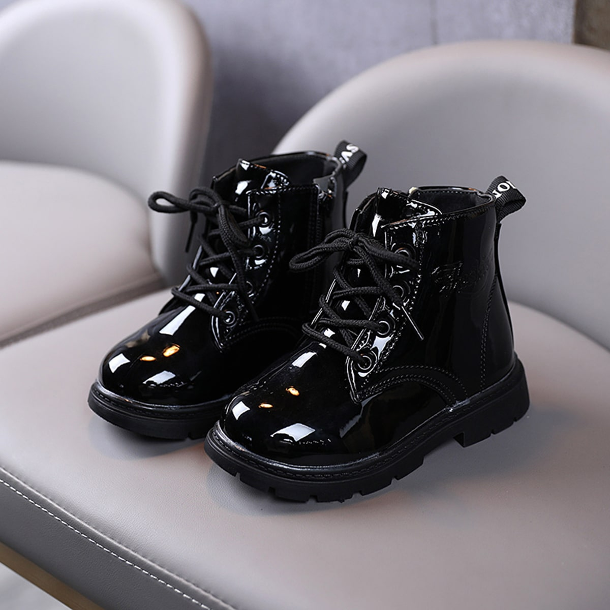 Ботинки на шнурках для девочек SheIn skshoes03201118150
