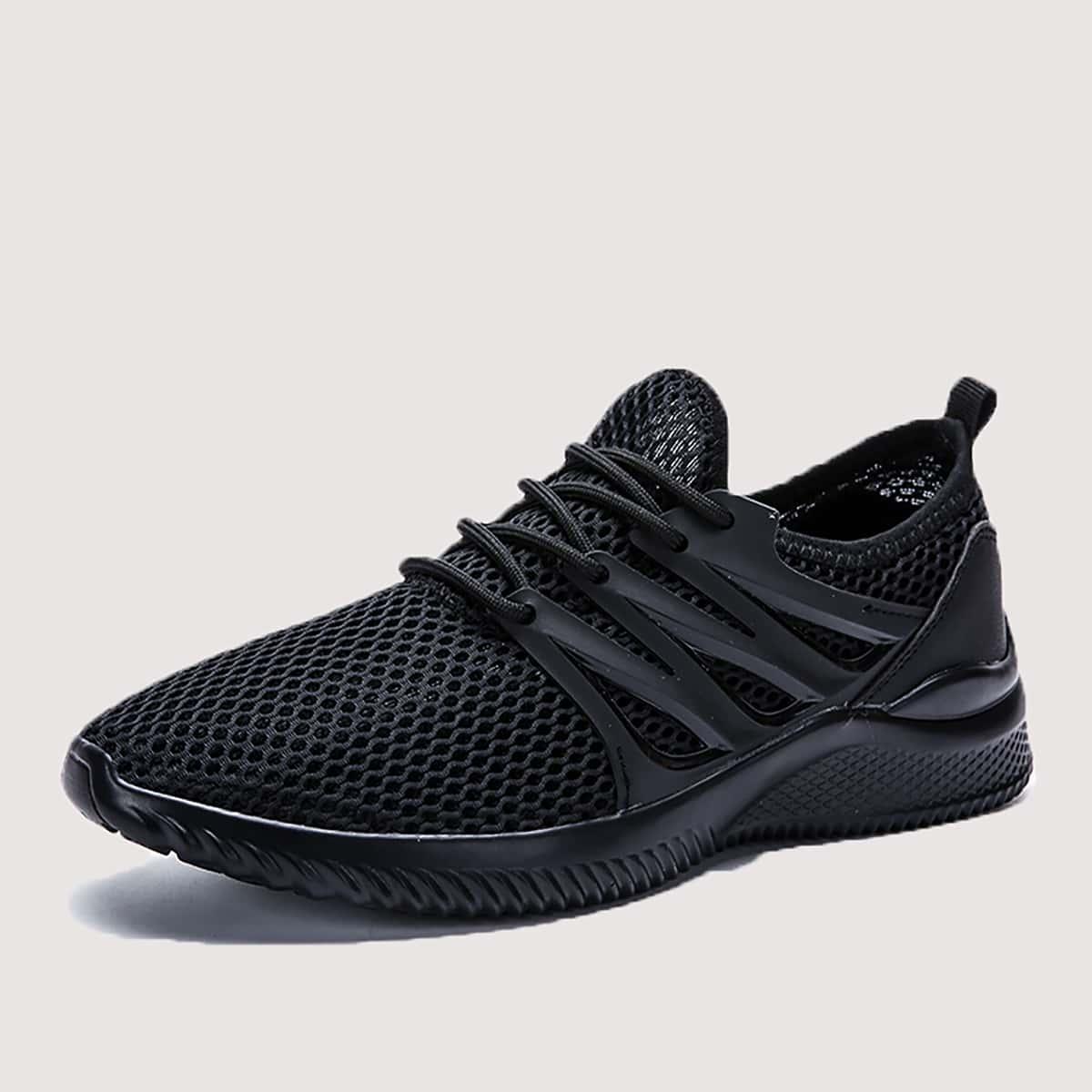На шнурках одноцветный мужские кроссовки