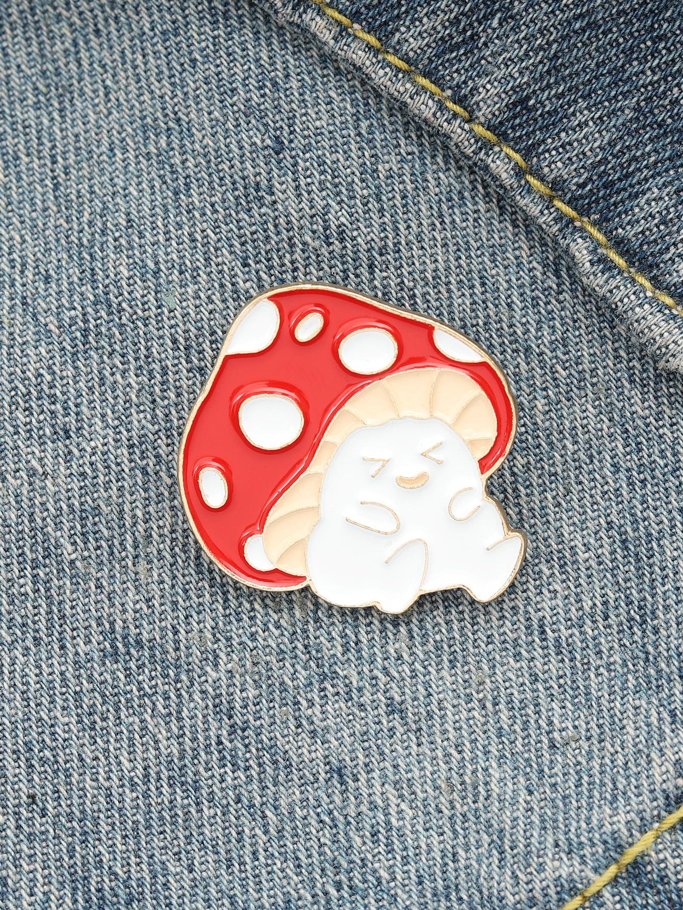 Mushroom Design Brooch thumbnail