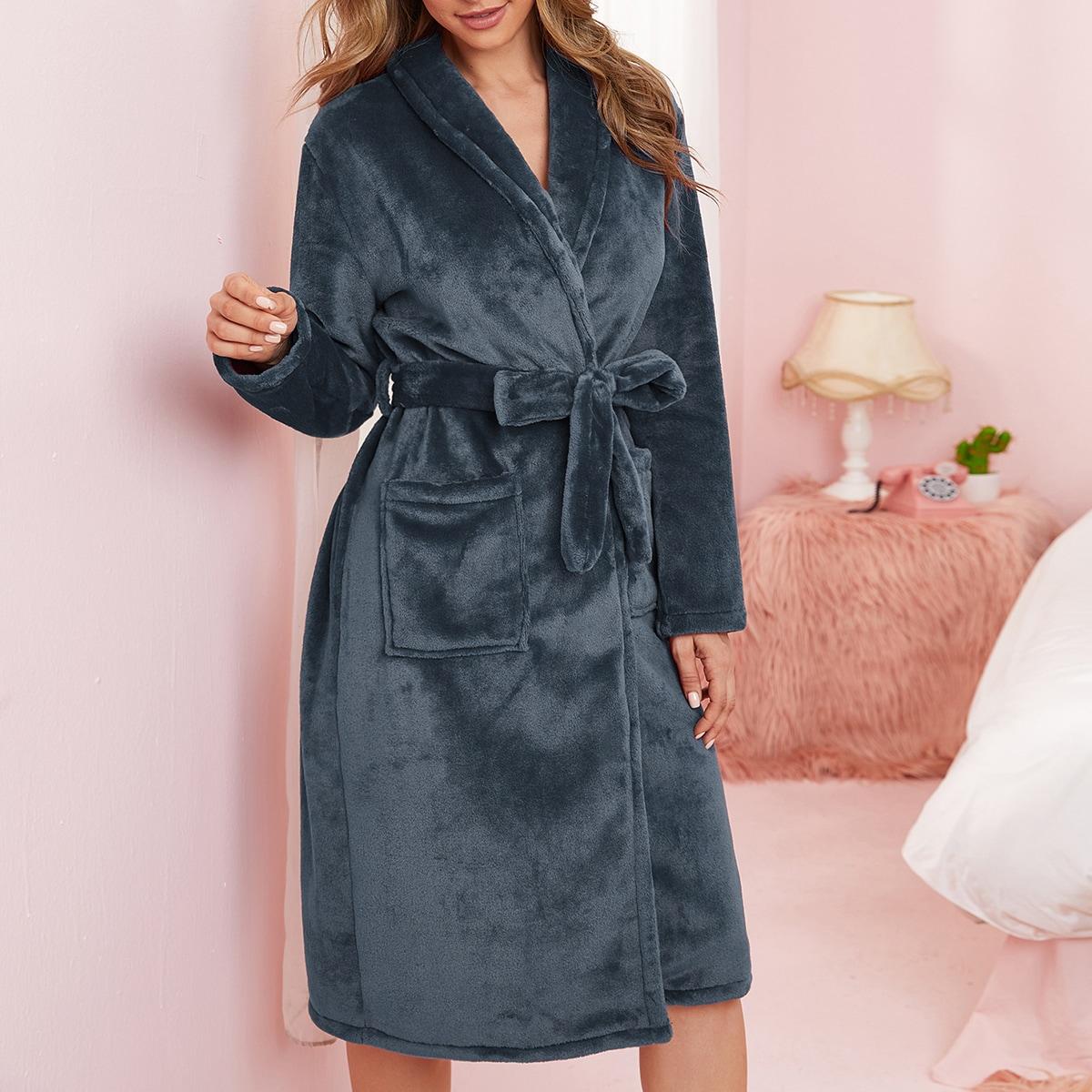 Фланелевый халат с поясом и карманами