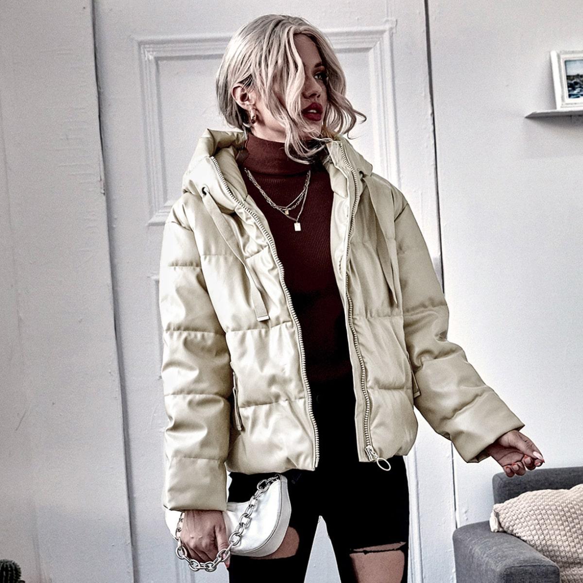 Утепленная куртка из искусственной кожи на кулиске