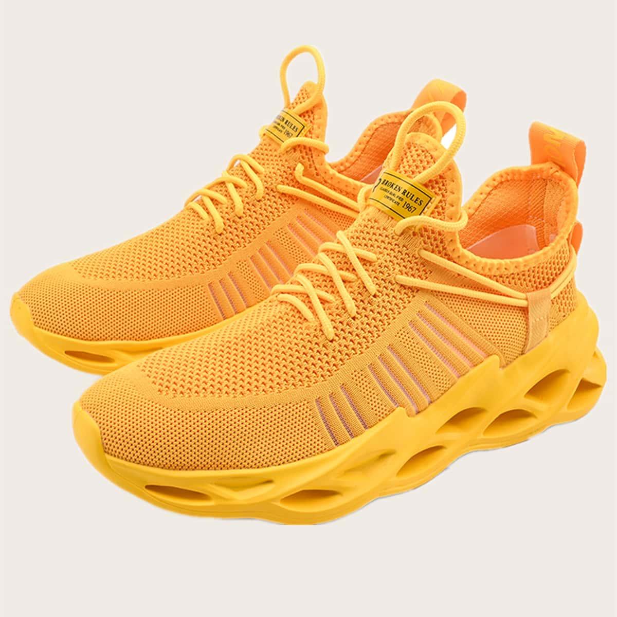 Men Letter Patch Knit Sneakers