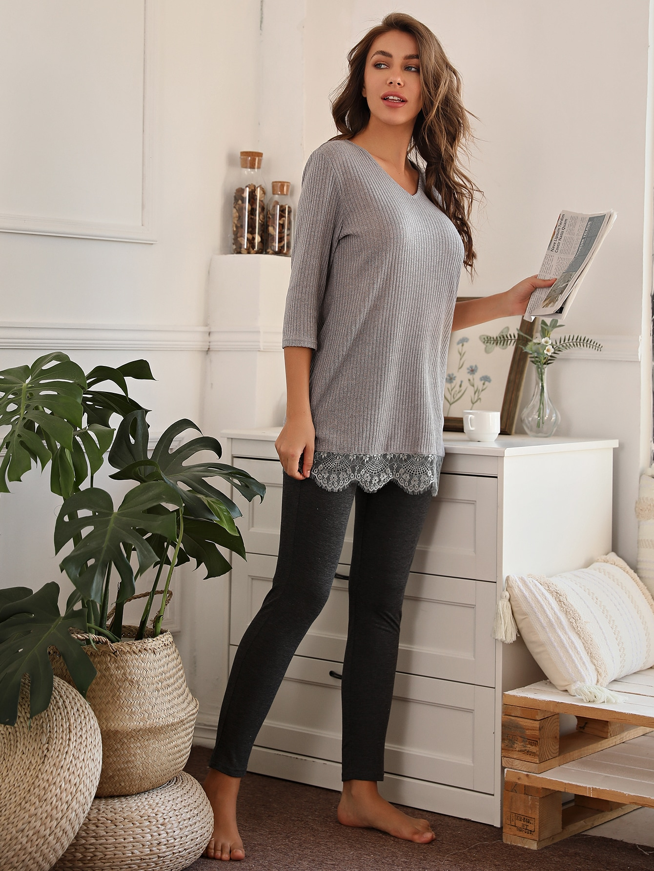 Contrast Lace V Neck Tee With Leggings Pajama Set thumbnail