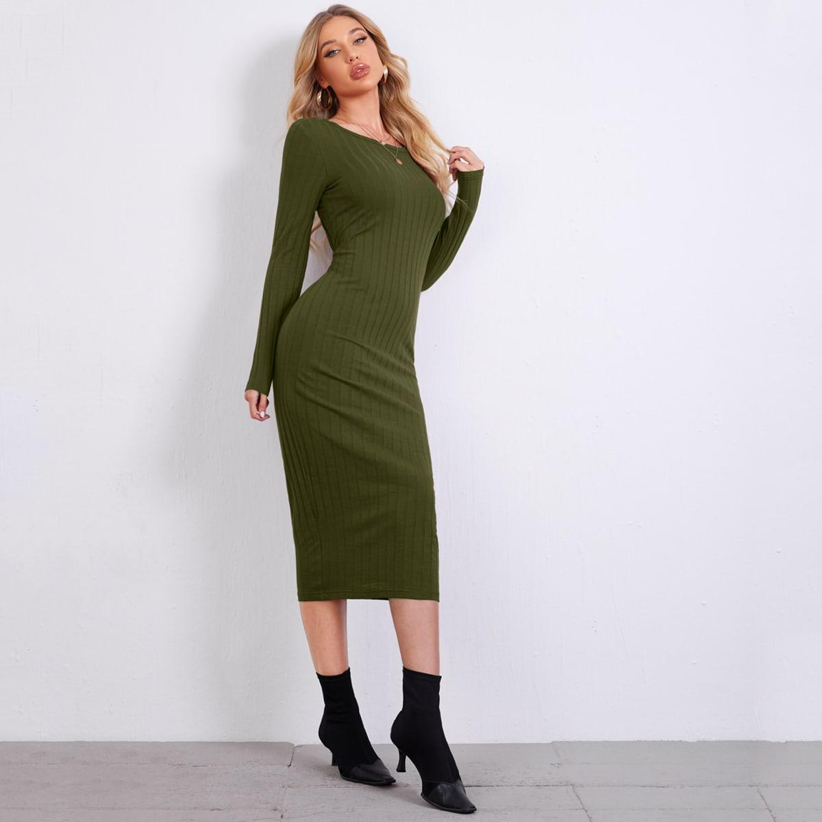 Вязаное платье в рубчик с длинным рукавом