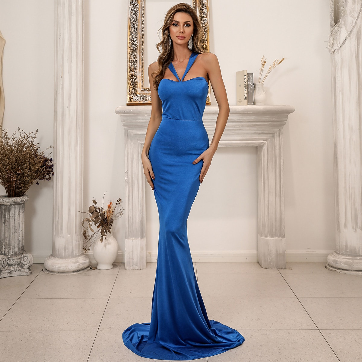 Атласно платье-русалка