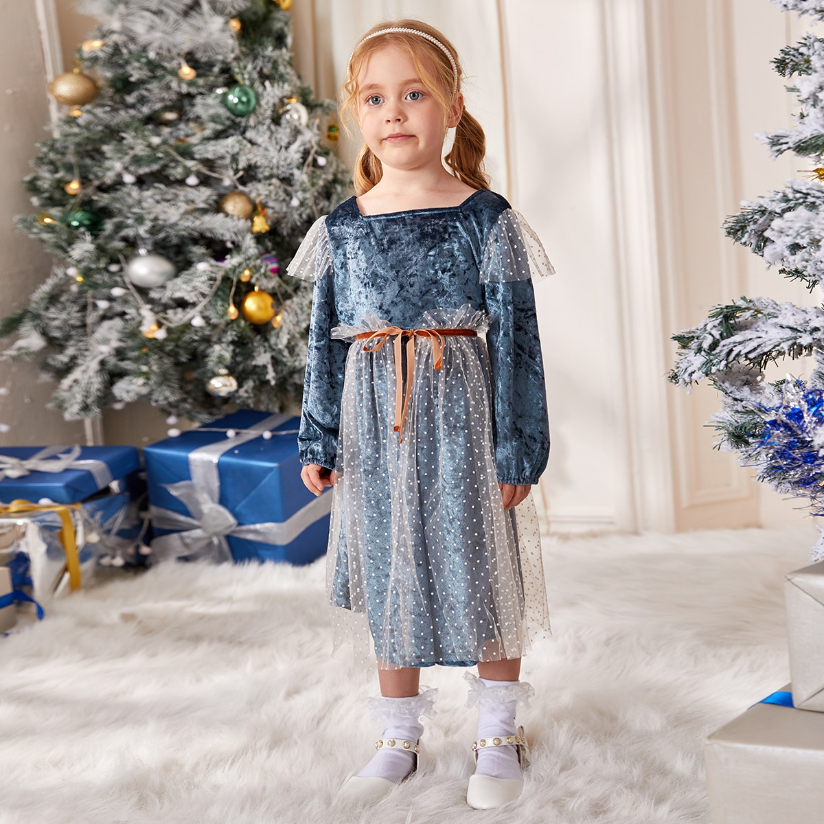 С поясом в горошек очаровательный платья для девочек
