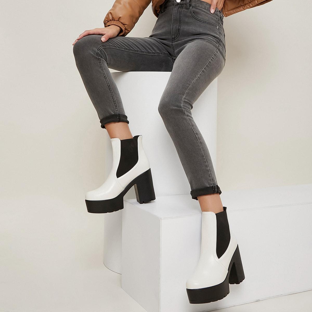 Сапоги челси на высоким каблуке