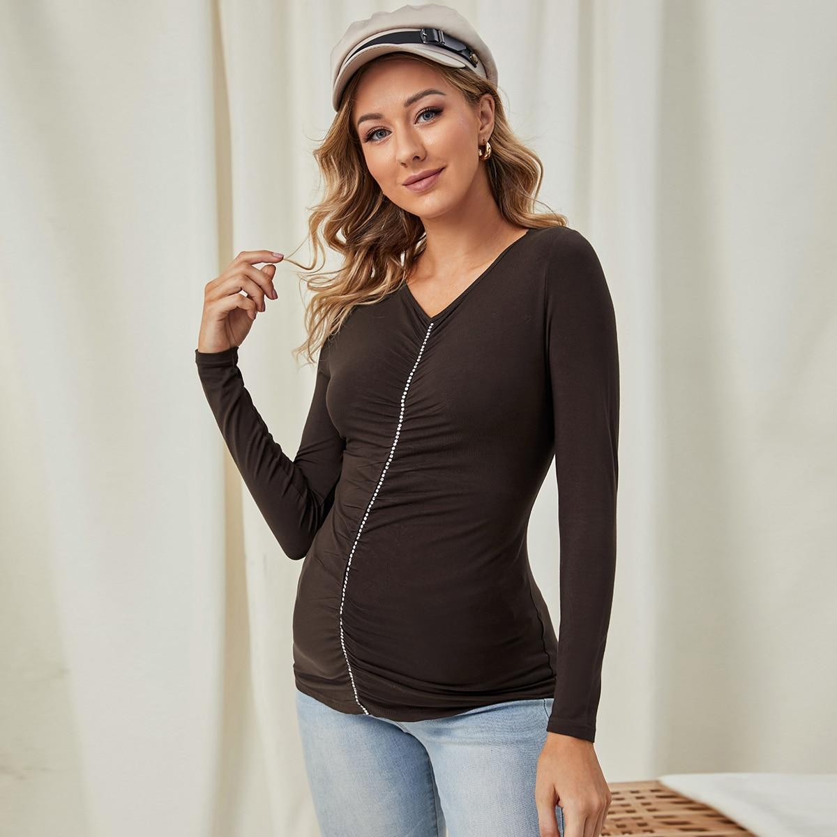Топ для беременных со стразами и сборками