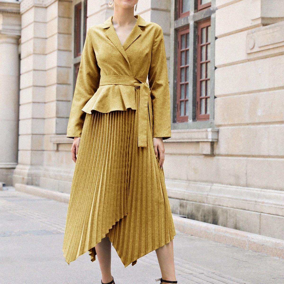 Плиссированное асимметричное платье-пиджак с поясом