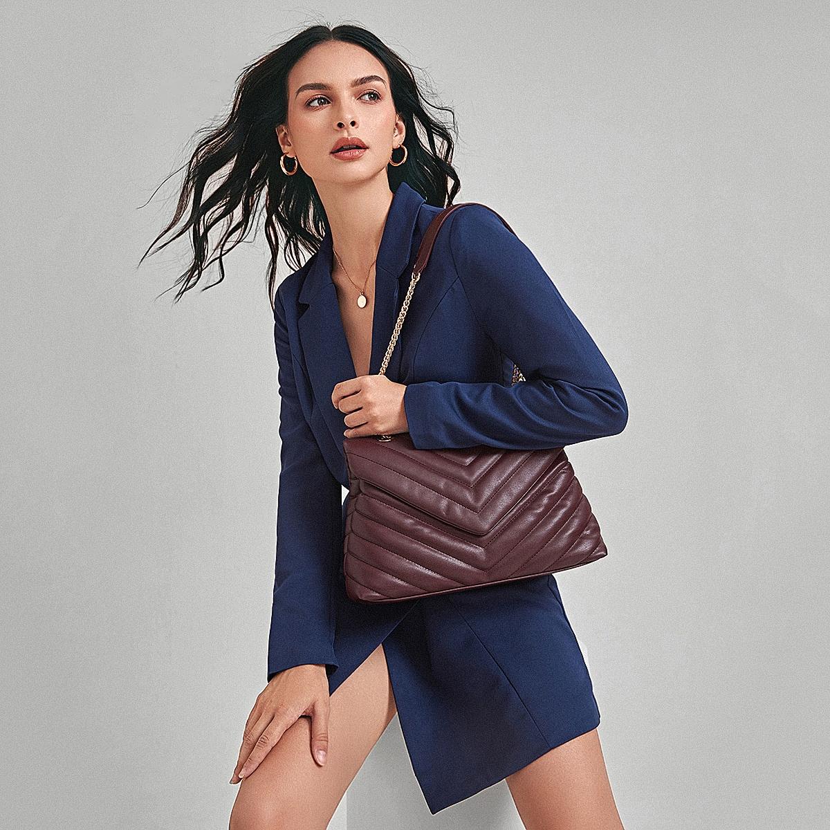 Модная сумка на плечо