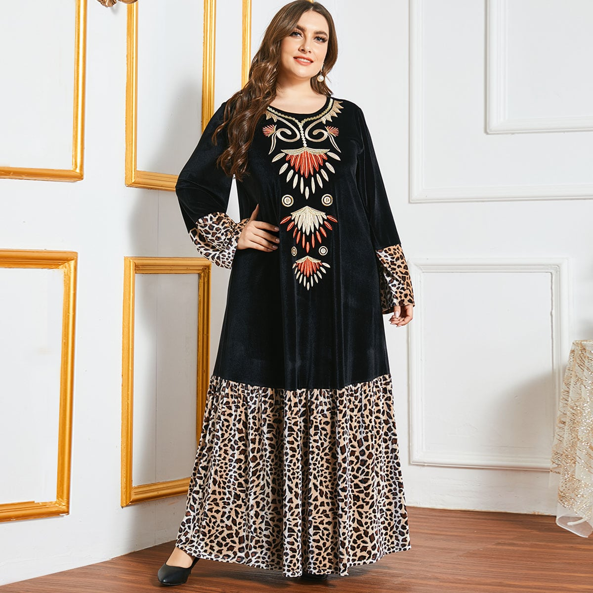 С оборками Леопардовый Скромный Платья размер плюс