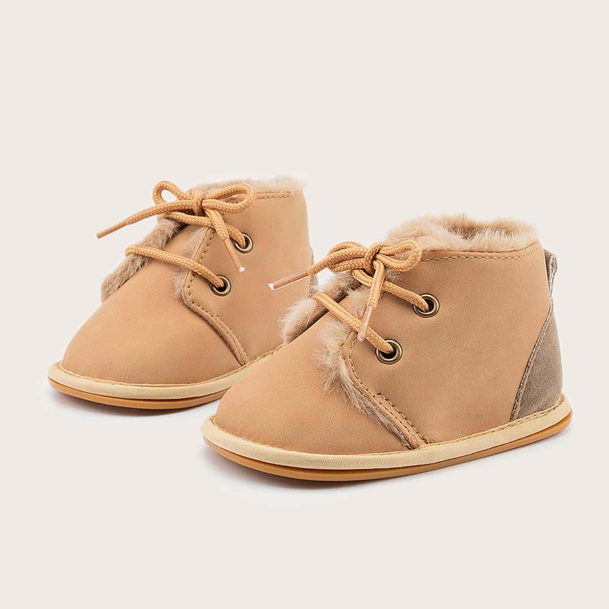Теплые ботильоны на шнурках для девочек