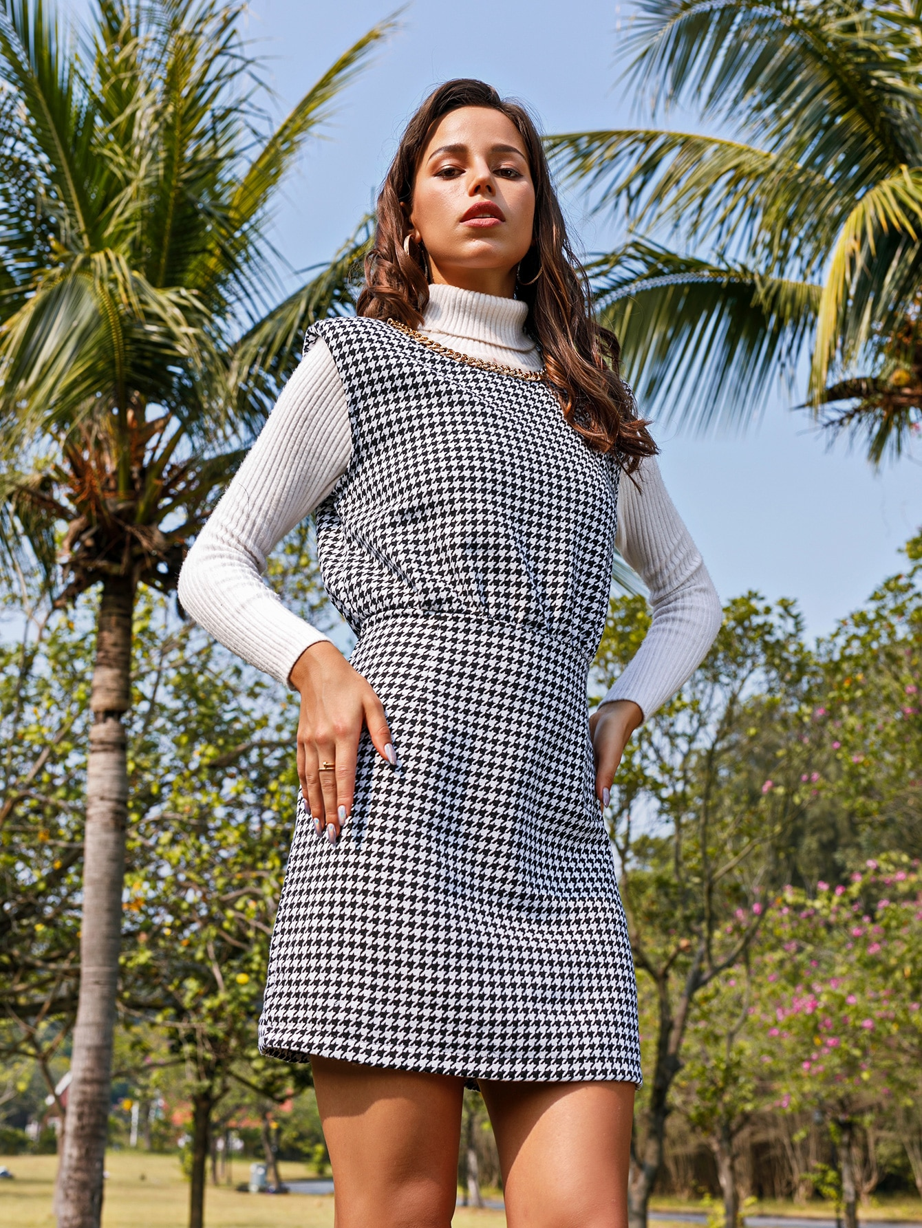 Houndstooth Print Chain Detail Fitted Dress thumbnail