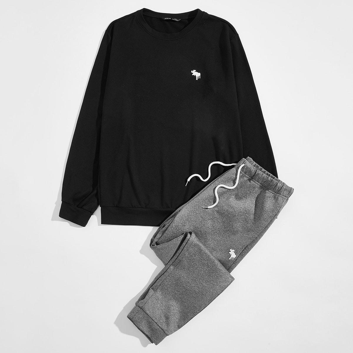 Мужской пуловер и спортивные брюки на кулиске с принтом животных