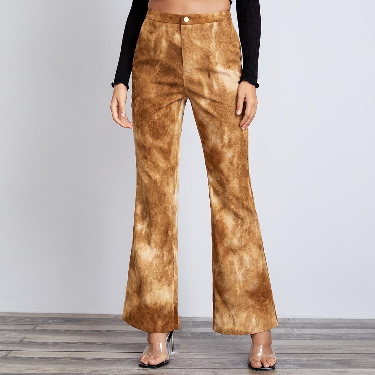 Вельветовые брюки-клеш с принтом тай дай