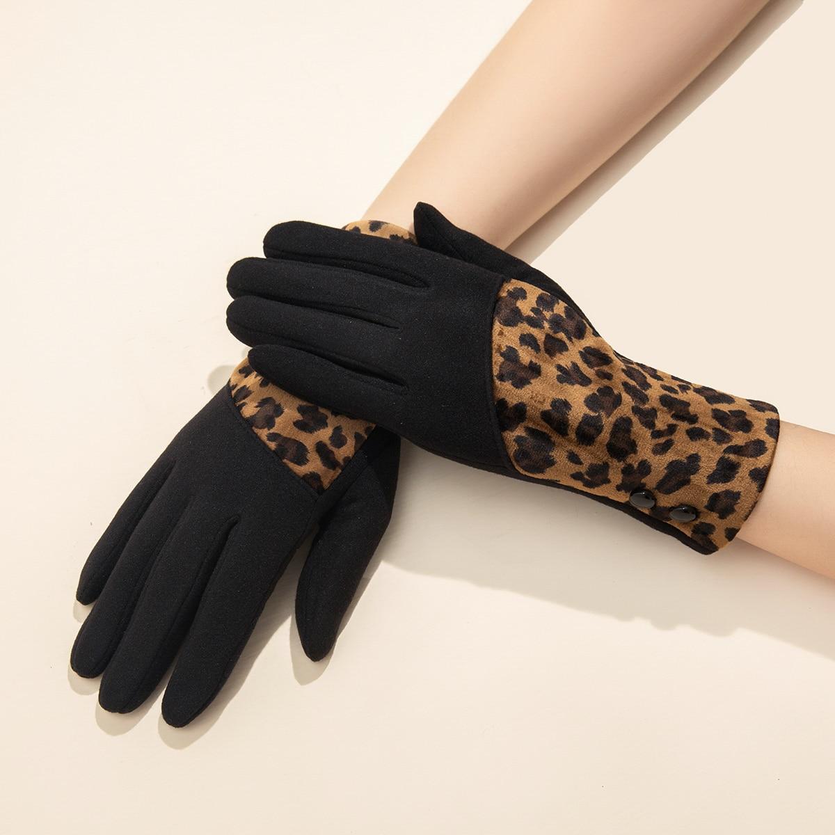 Замшевые перчатки с леопардовым узором
