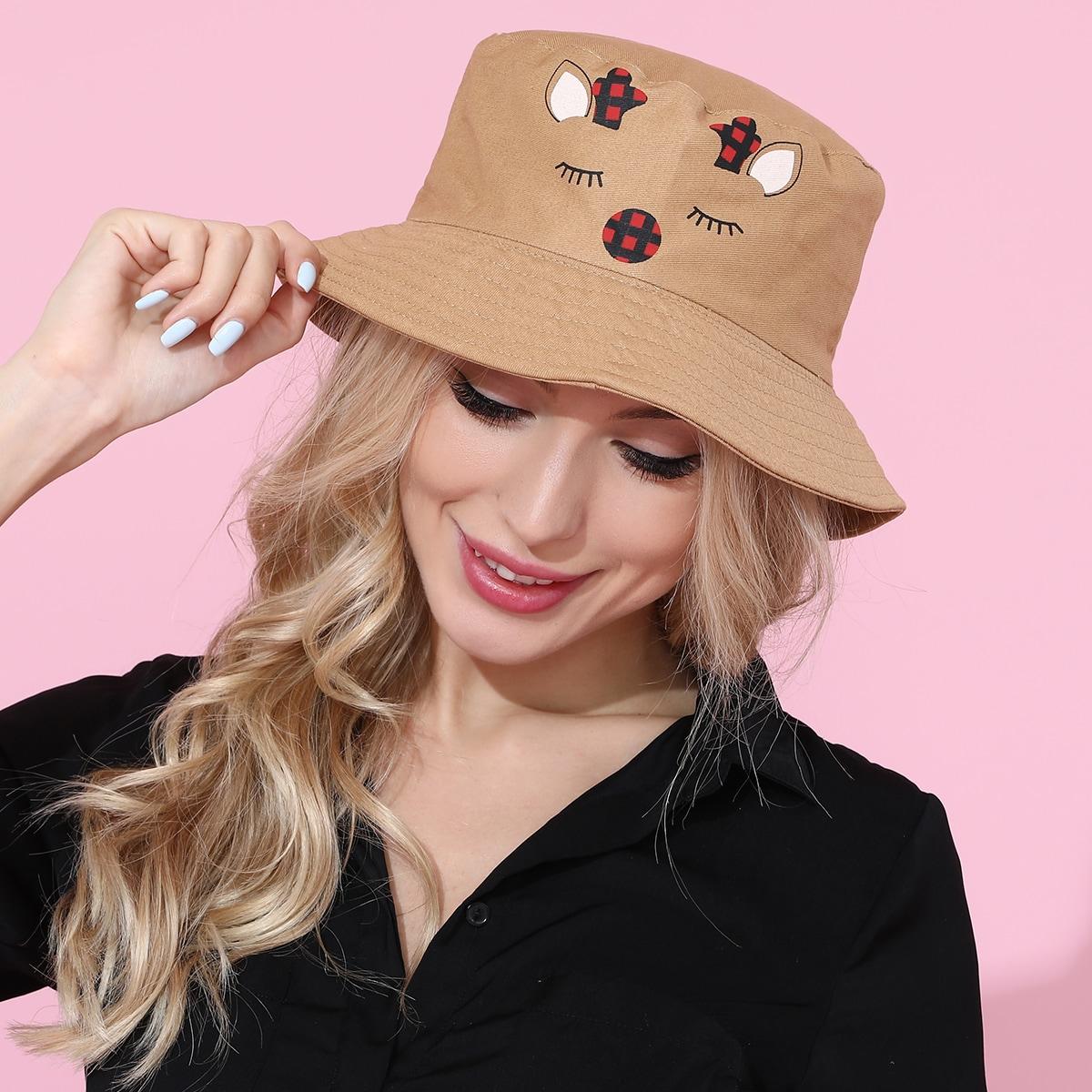 Шляпа с мультипликационным принтом