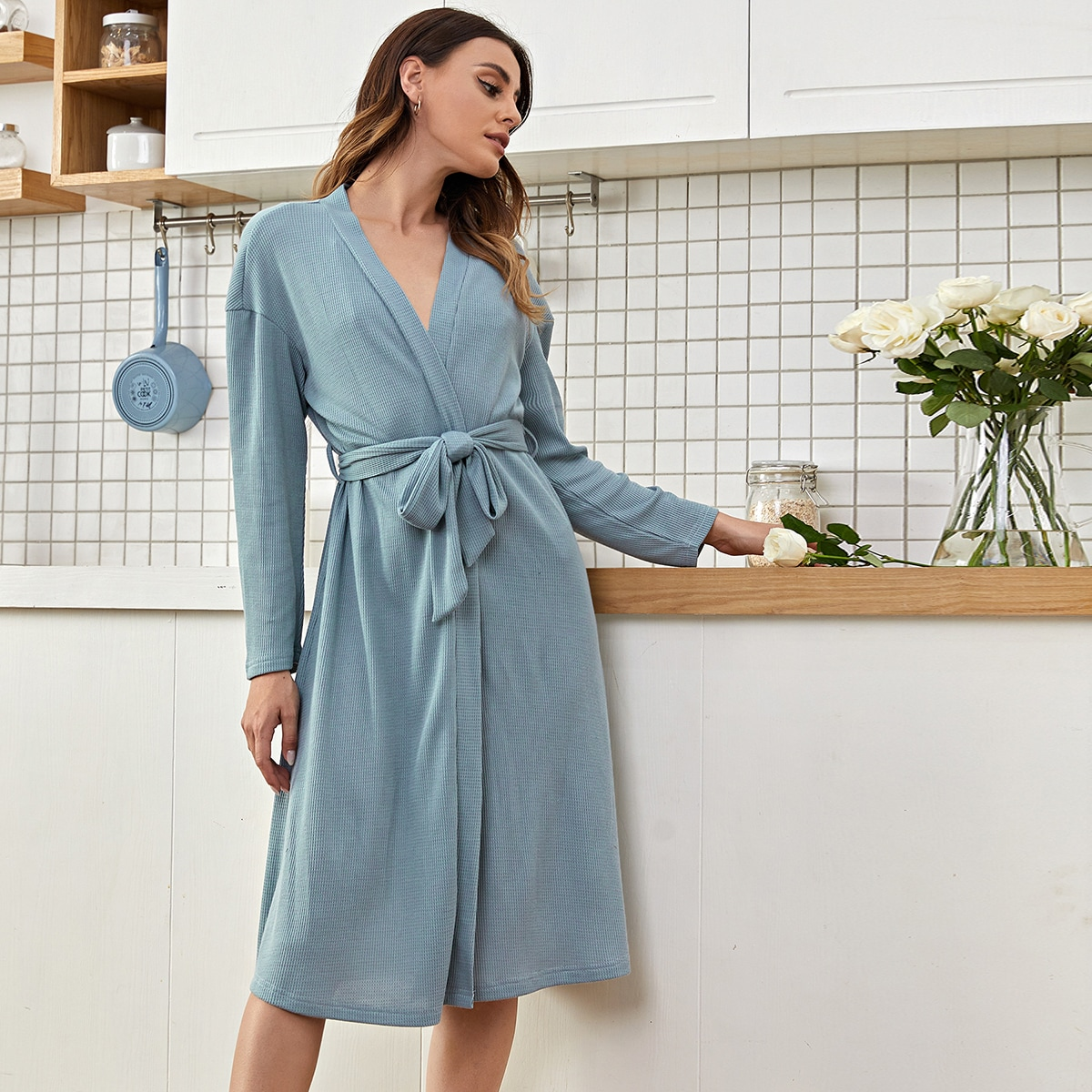 С поясом одноцветный повседневный домашний халат