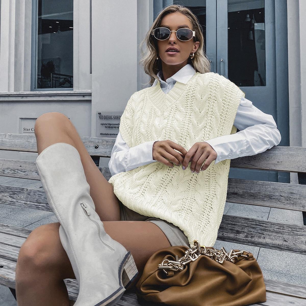 Einfarbige Strick Pulloverweste mit V-Kragen
