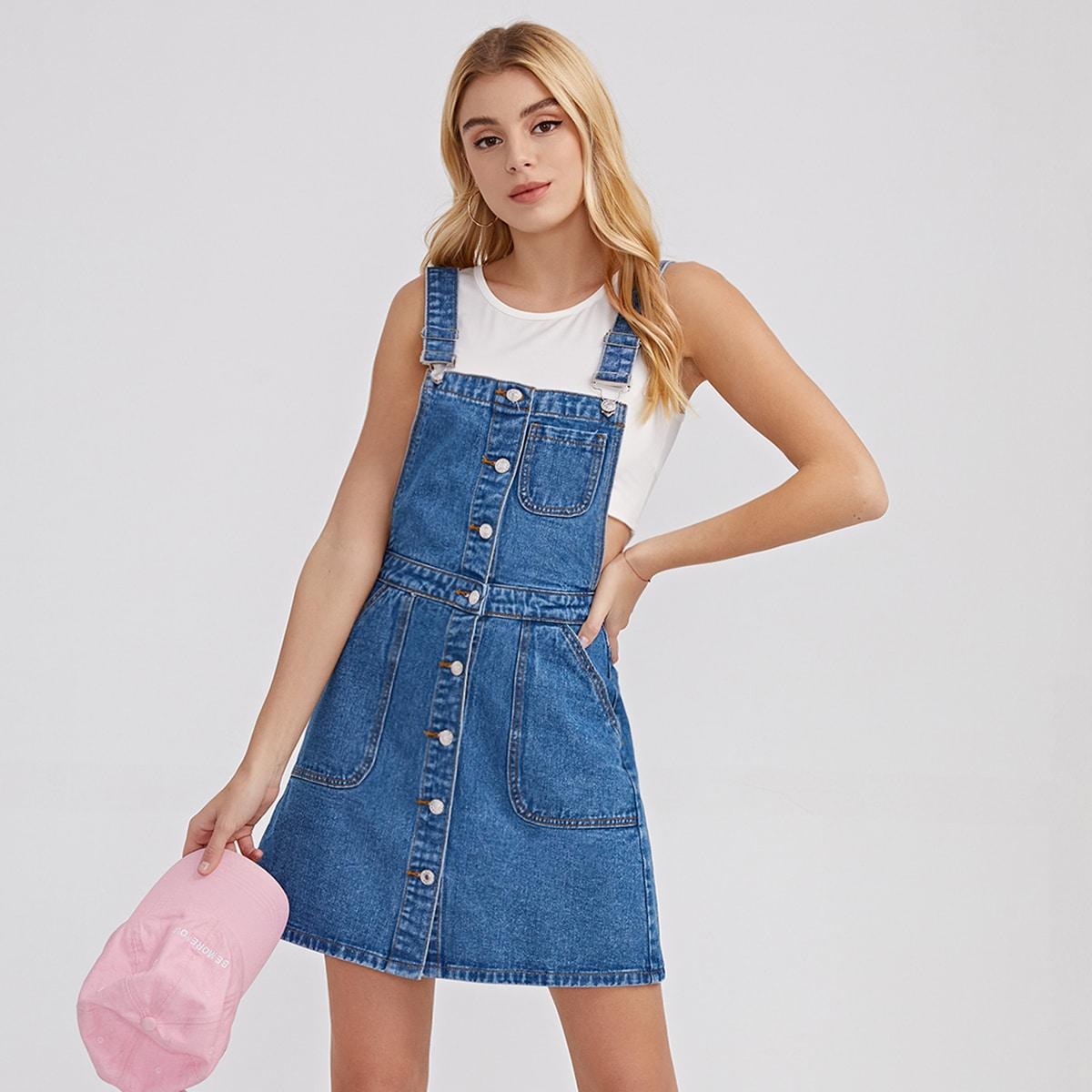 Джинсовое платье-сарафан с пуговицами и карманом