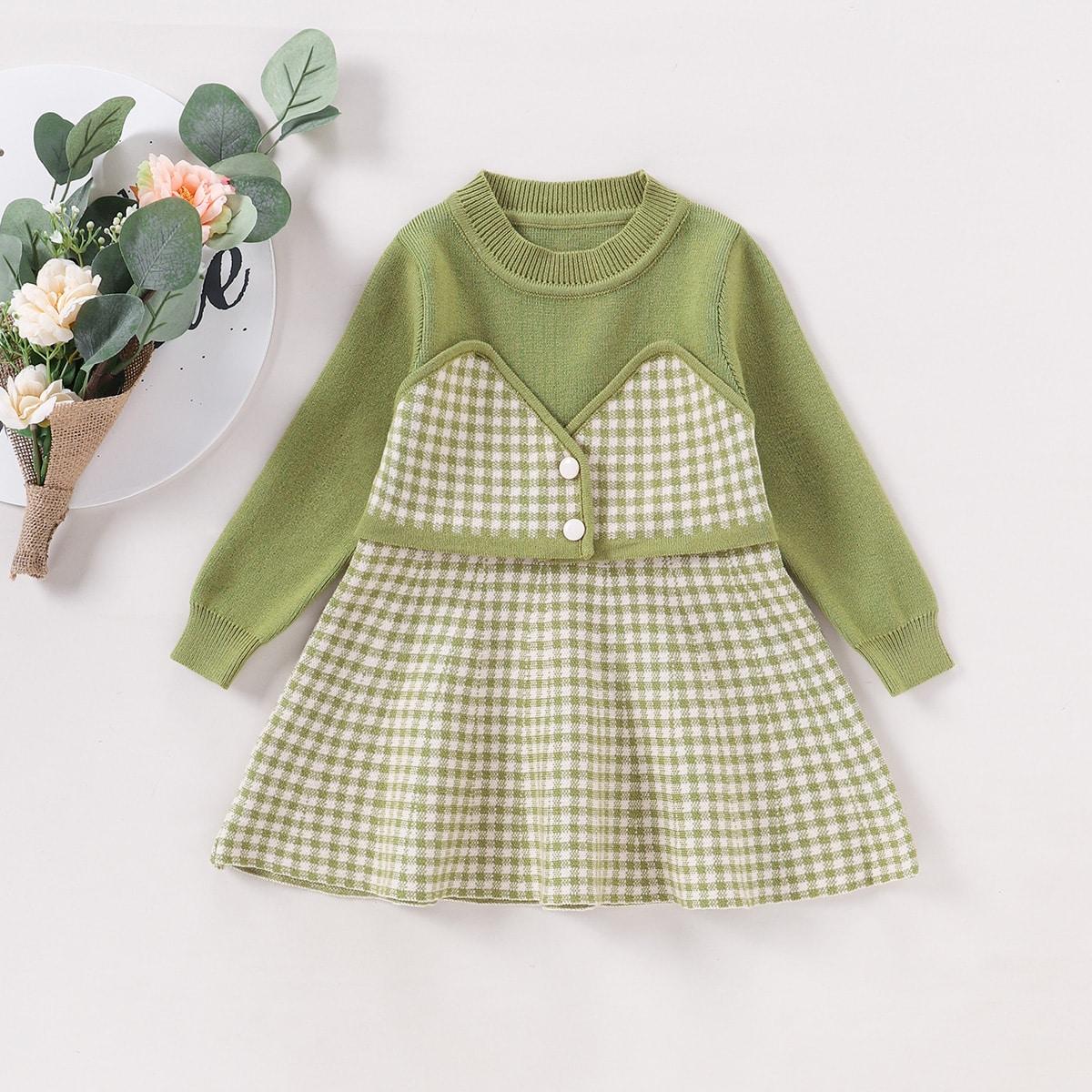 Вязаное платье в клетку для девочек