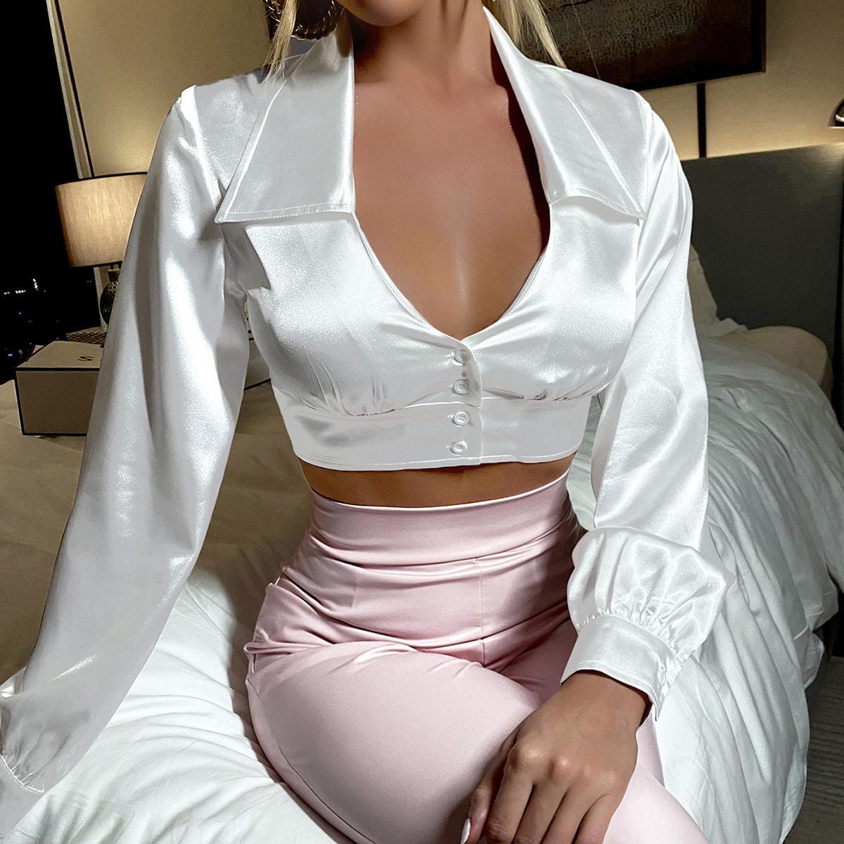 Атласная кроп блузка на пуговицах