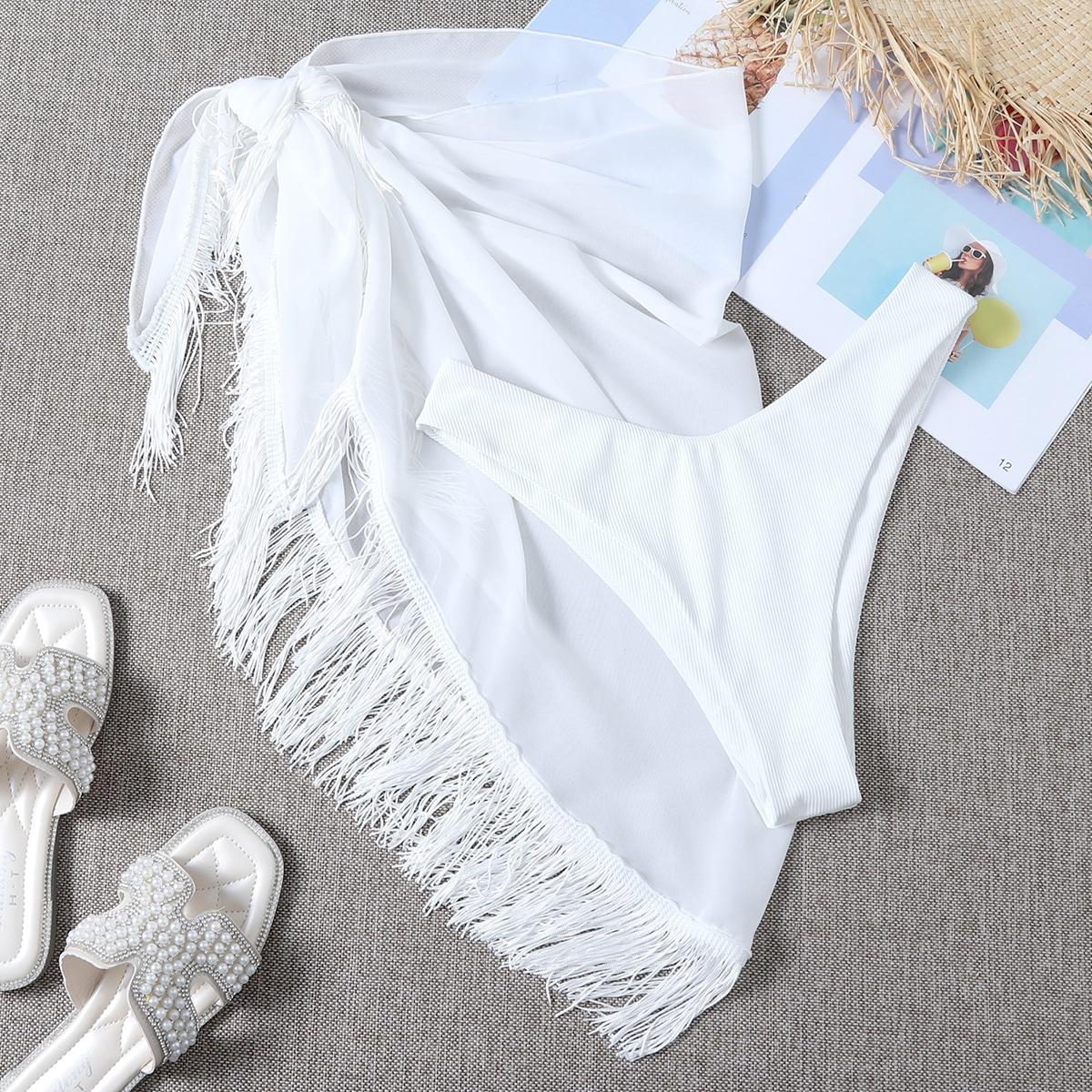 2 пакета бикини с высоким вырезом в рубчик и пляжная юбка с бахромой