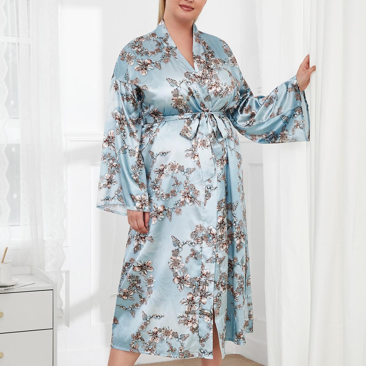 С поясом со цветочками элегантный домашний халат размера плюс