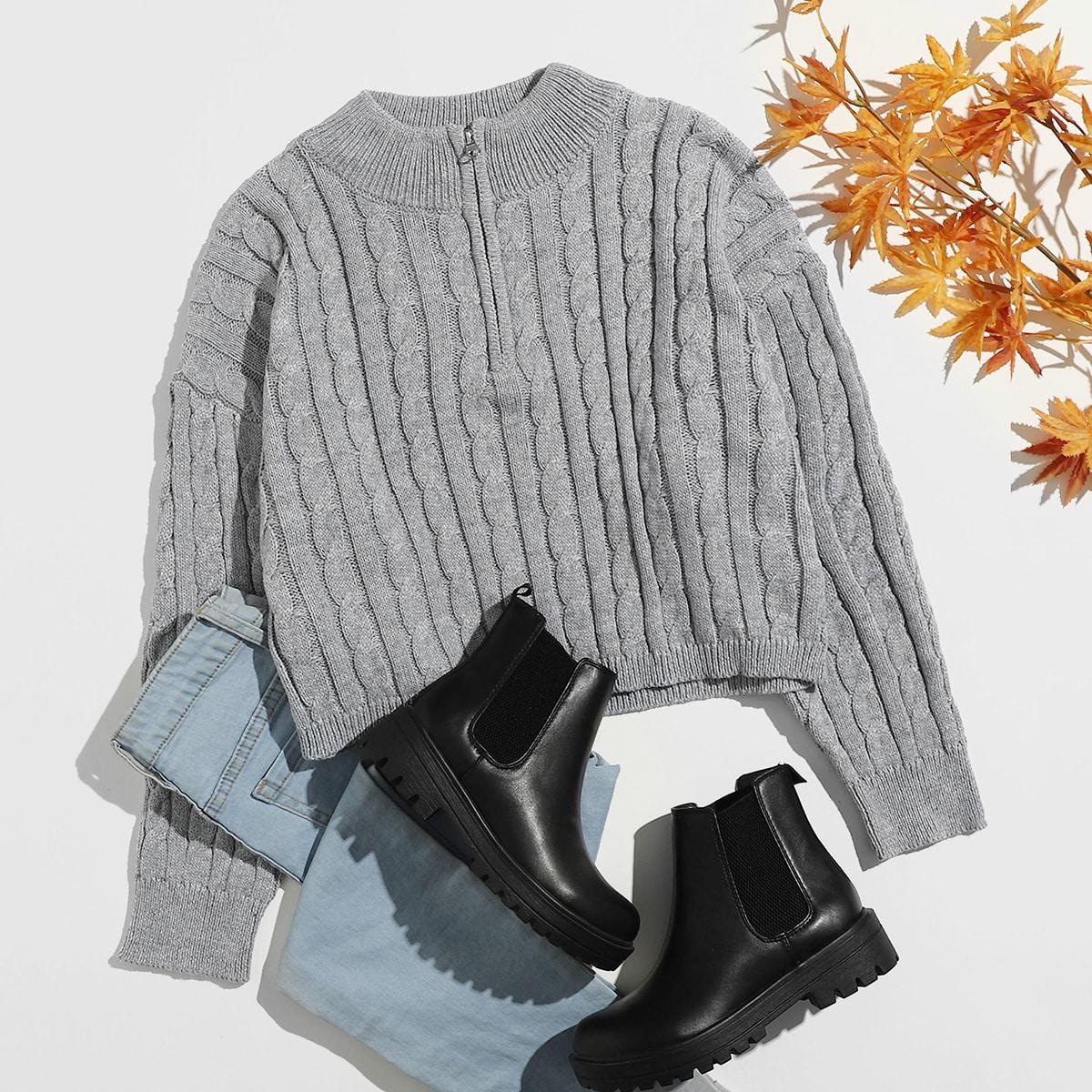 Вязаный свитер размера плюс с молнией