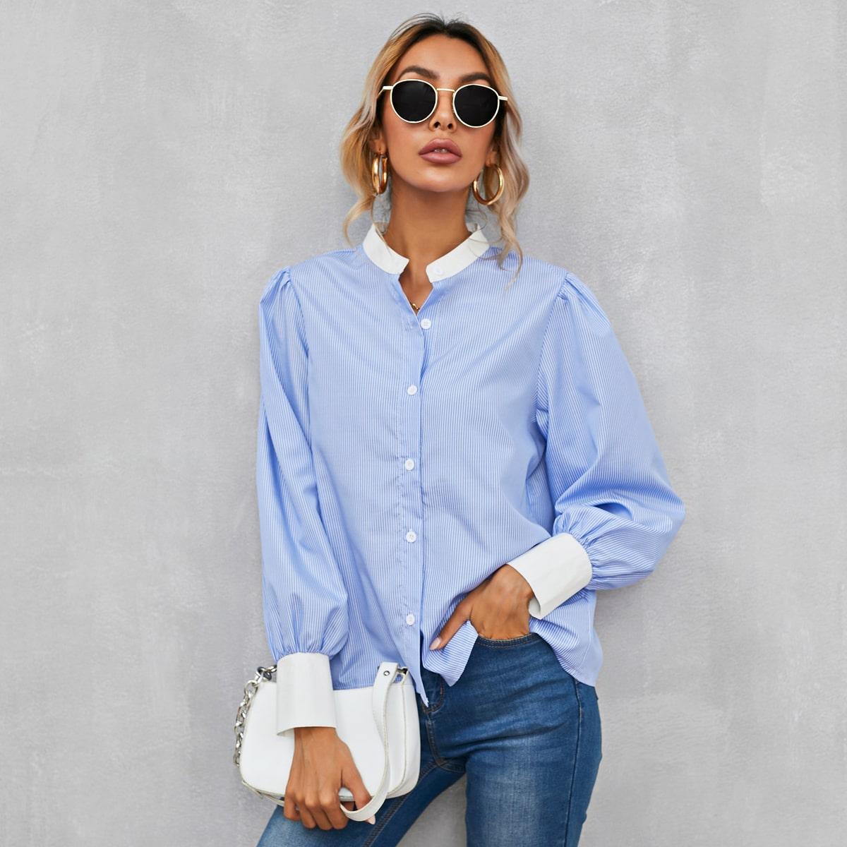 Блузка с пышным рукавом в полоску