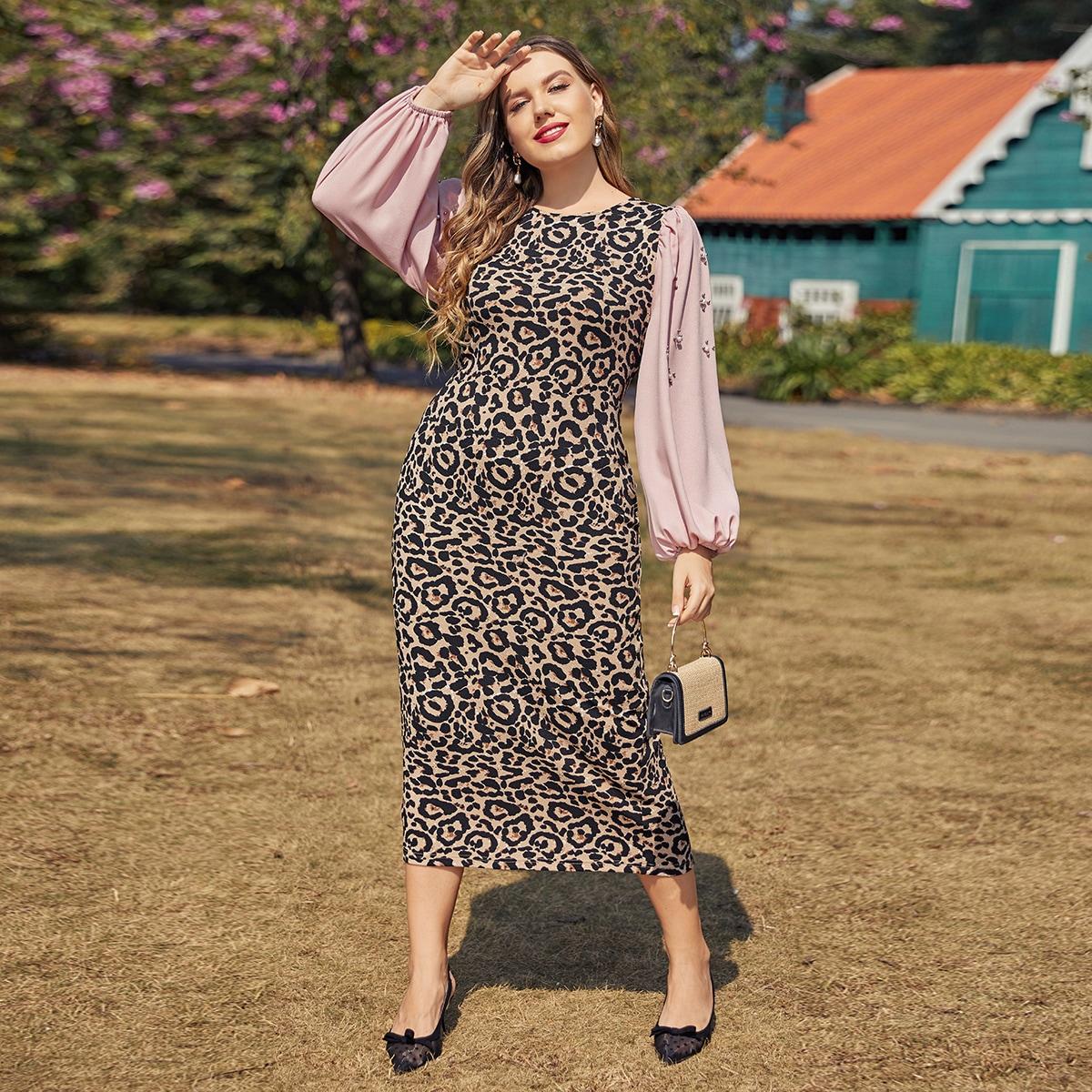 Контрастное платье размера плюс с рукавами фонариками и леопардовым принтом
