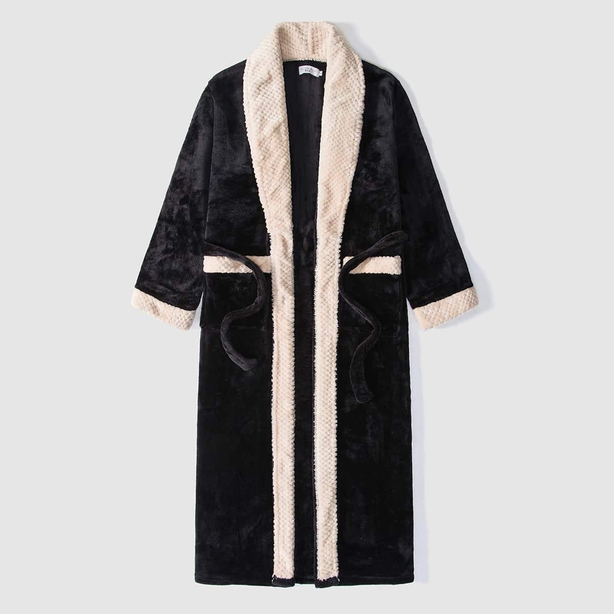 Мужской фланелевый халат с поясом