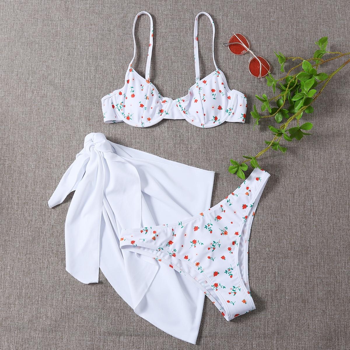 3 пакета бикини на косточках с принтом и пляжная юбка