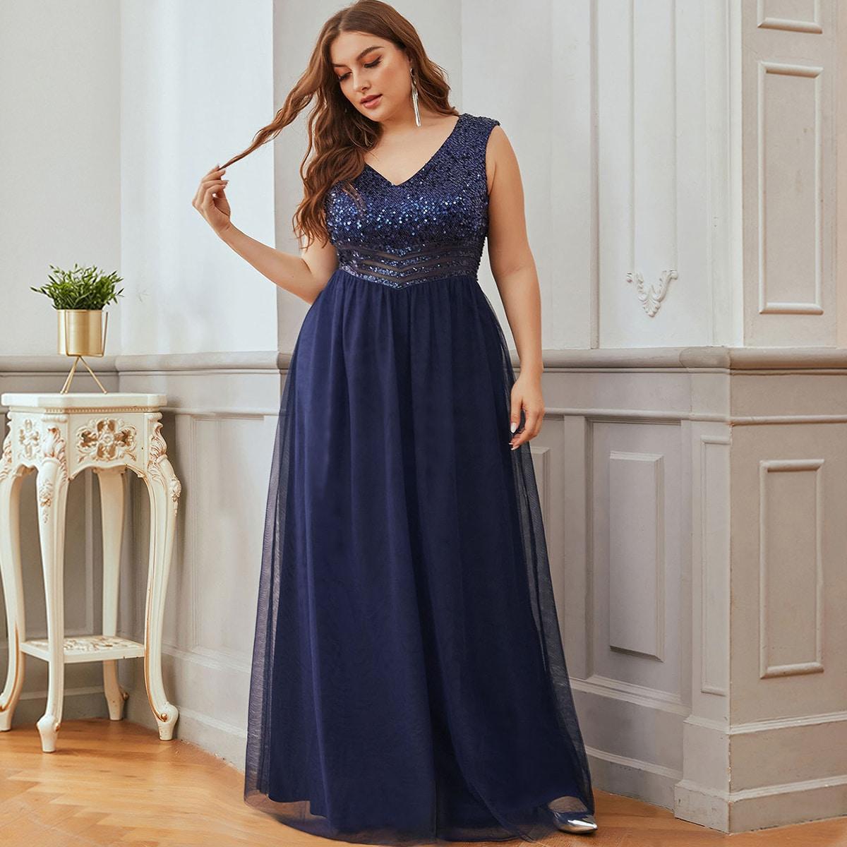 Платье выпускного вечера размера плюс с v-образным воротником от SHEIN