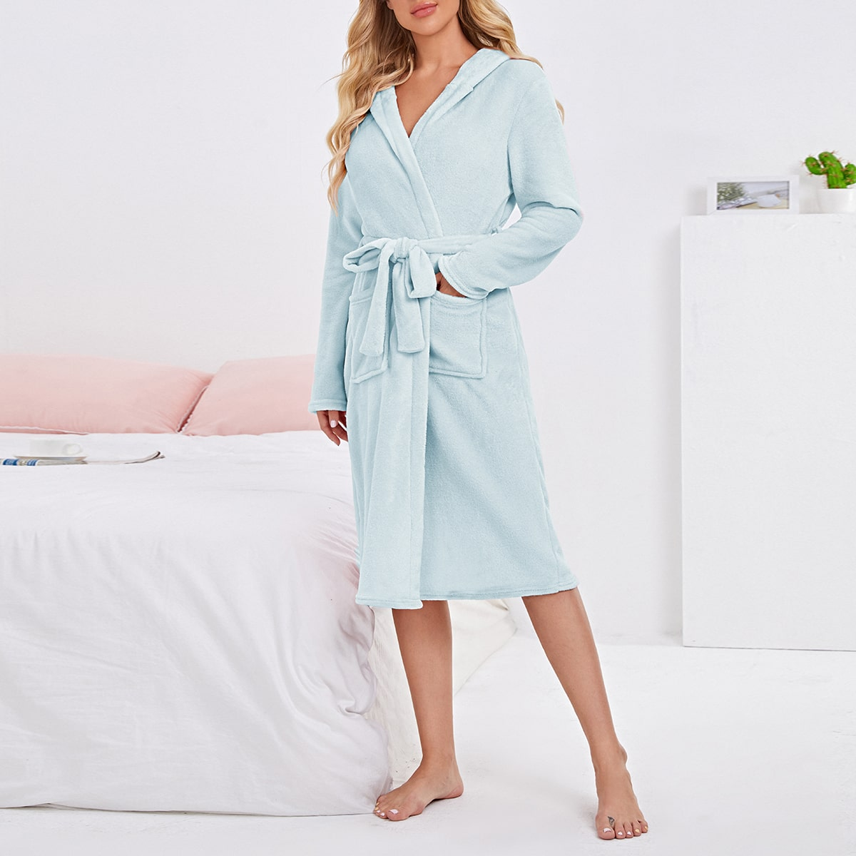 Self Belted Dual Pocket Teddy Robe