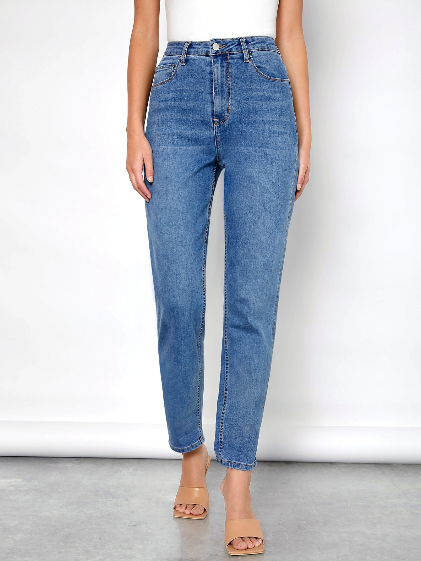 High-waisted Comfort Stretch Denim Mom Jeans thumbnail