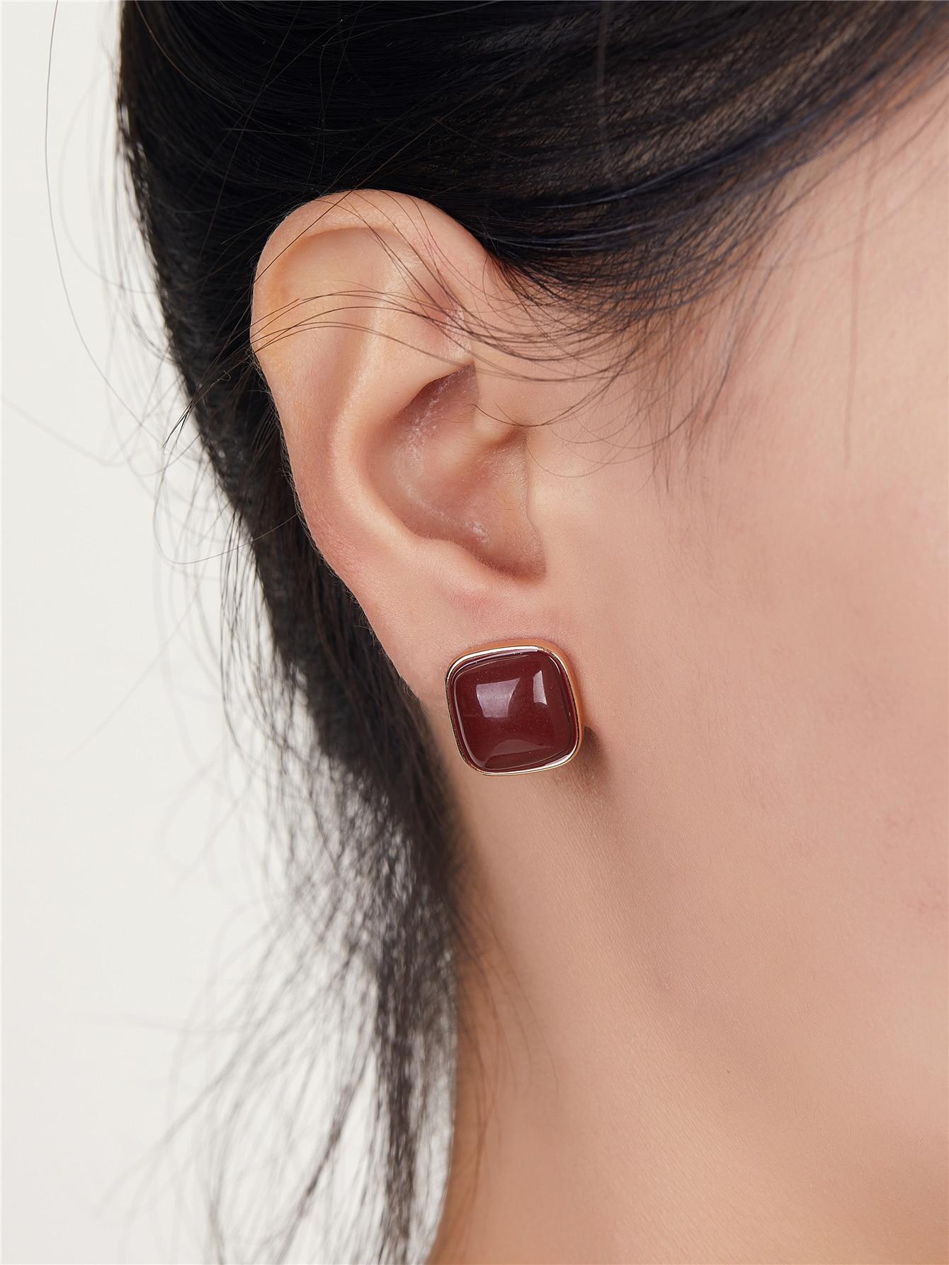 Square Stud Earrings thumbnail