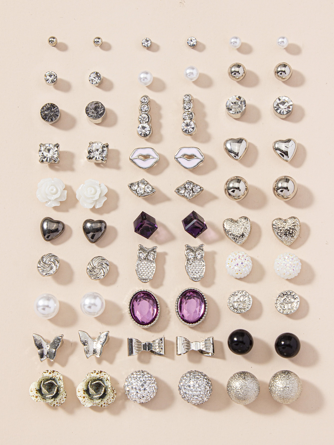 30pairs Heart & Butterfly Design Stud Earrings thumbnail
