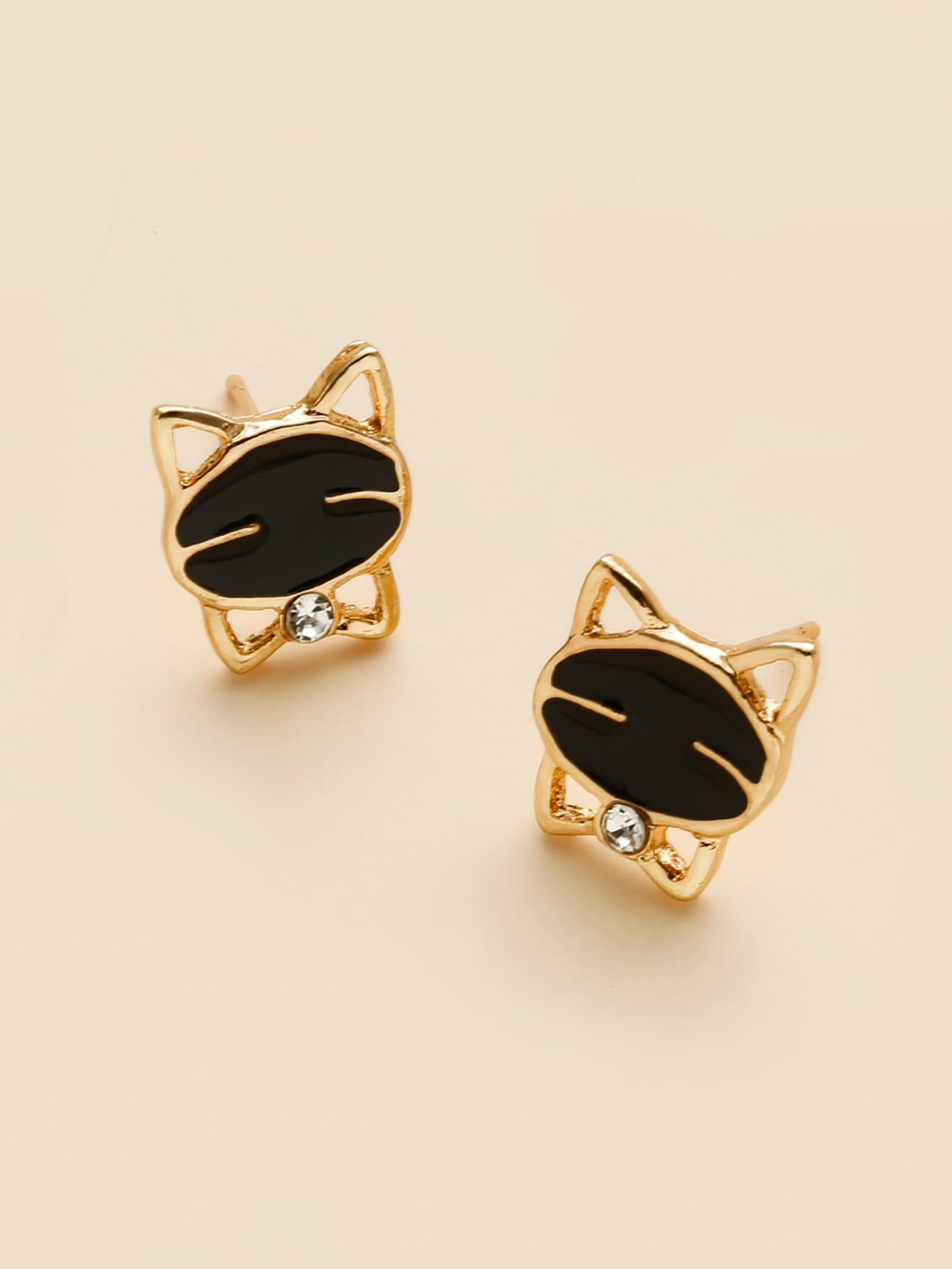 Cartoon Cat Design Stud Earrings thumbnail