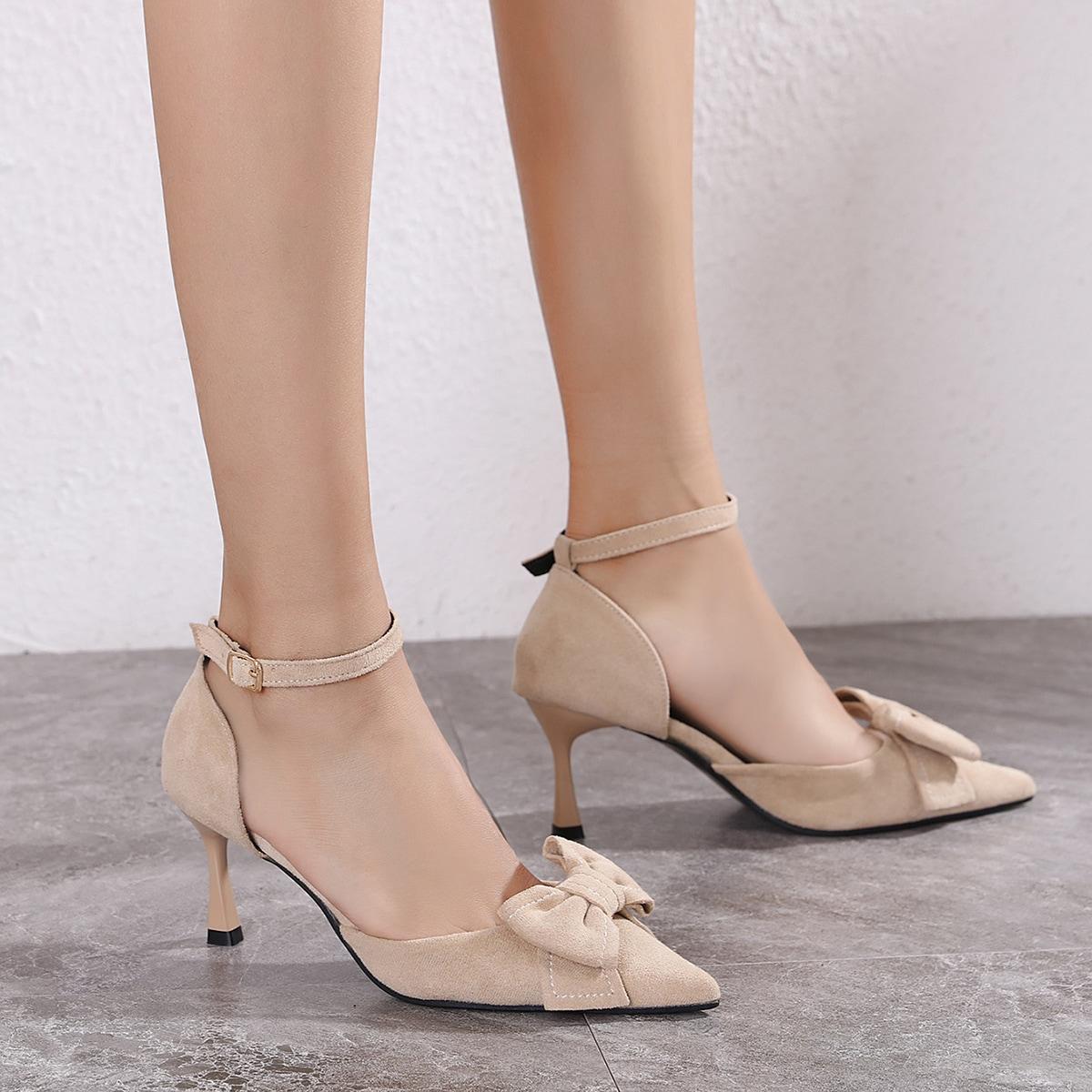 Замшевые туфли на среднем каблуке от SHEIN