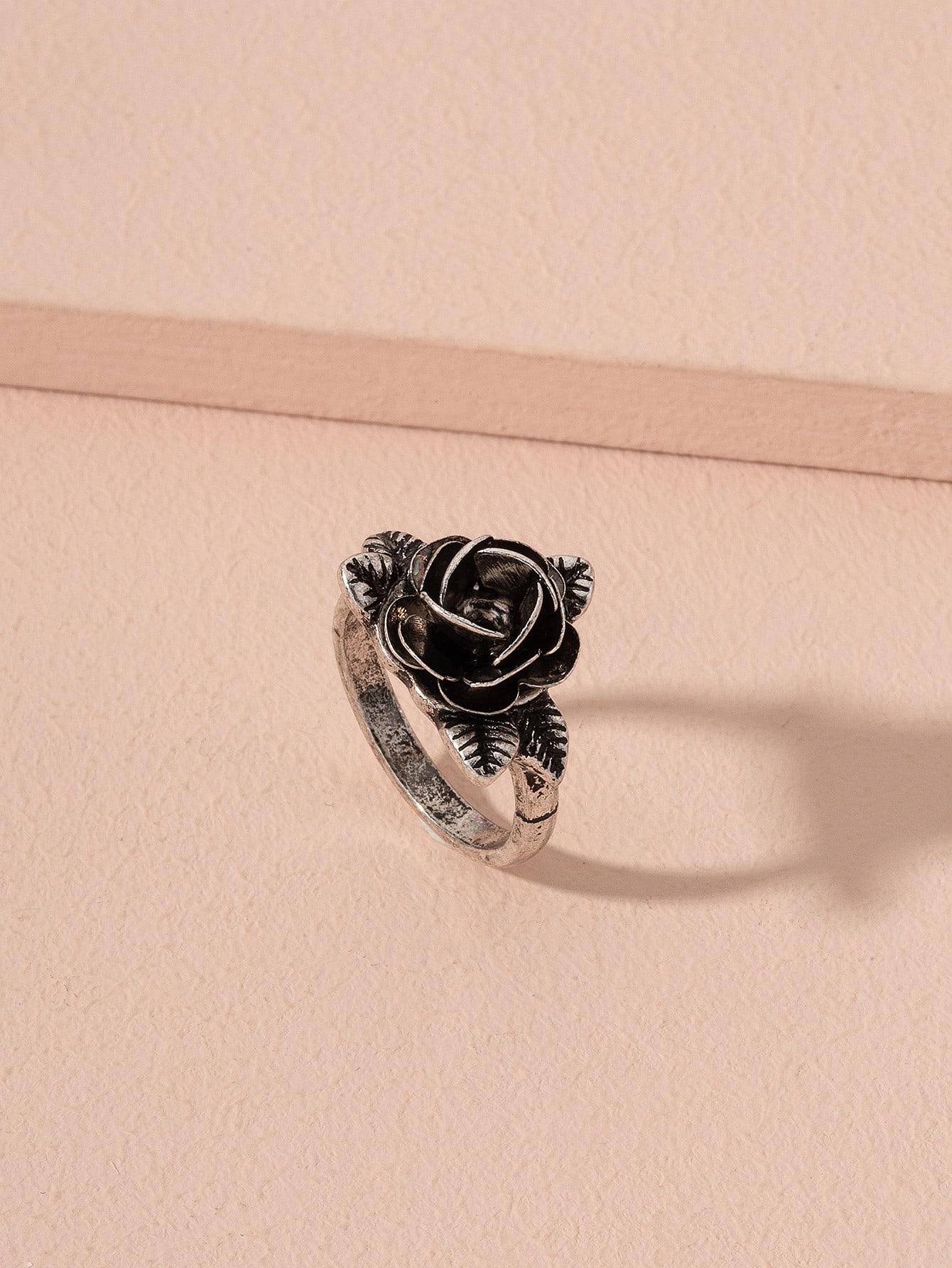 Flower Decor Ring thumbnail