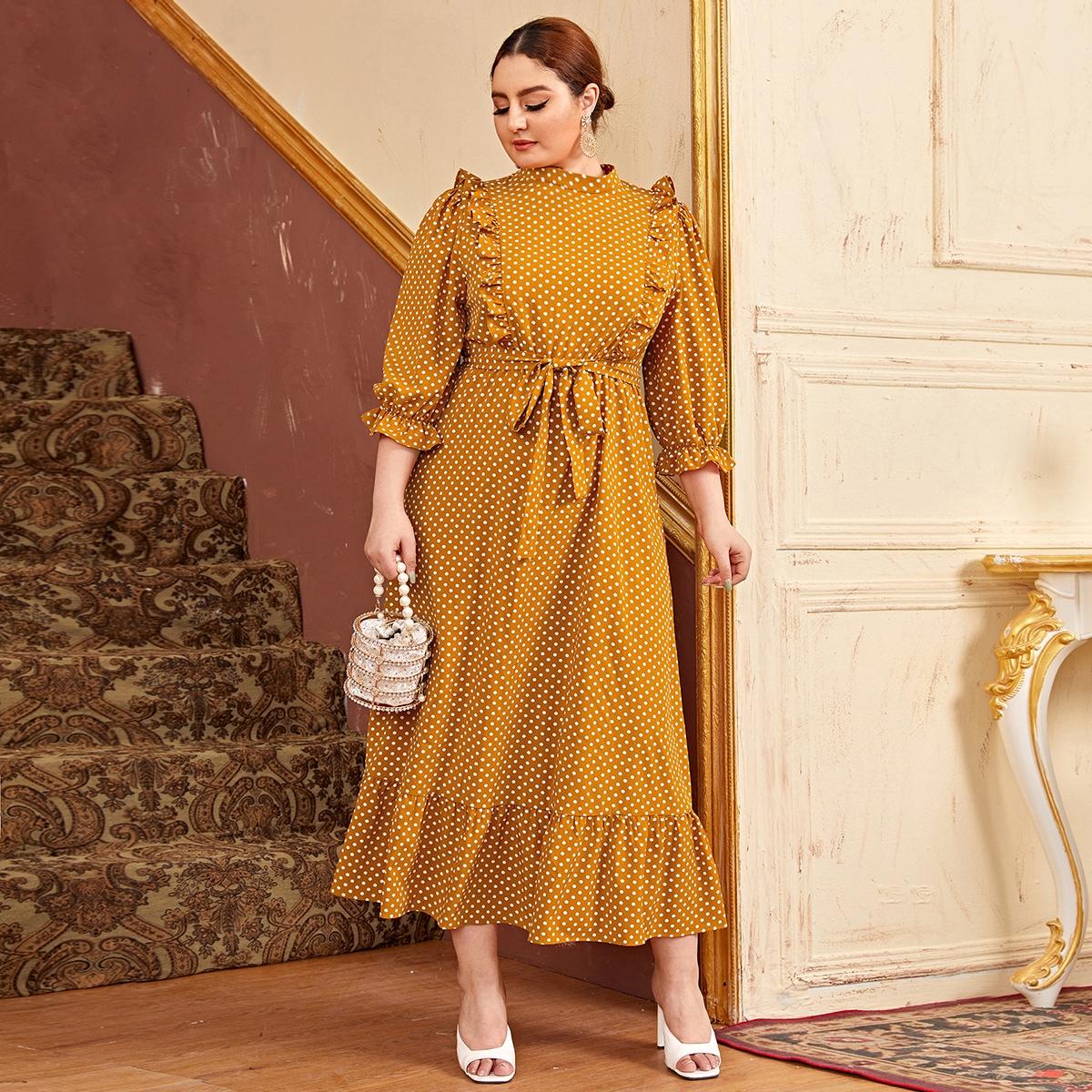 Платье размера плюс с пышным рукавом в горошек