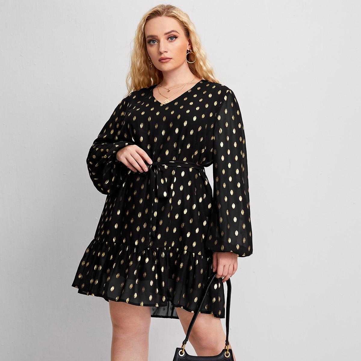 Платье размера плюс с поясом