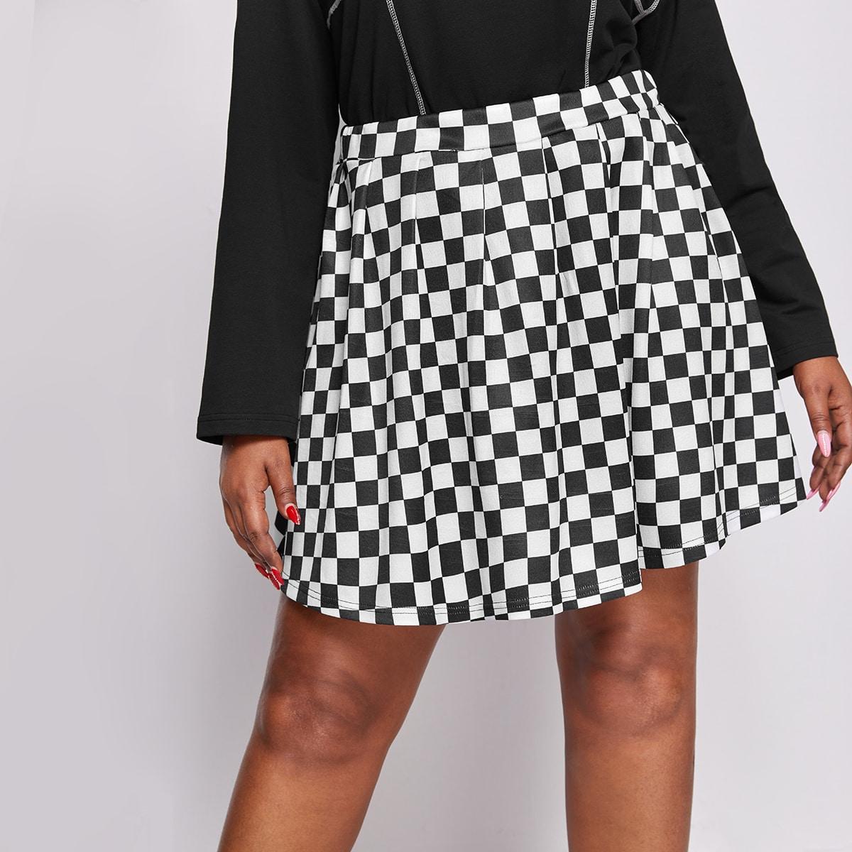 SHEIN / Plus Checker Plaid Pleated Skirt