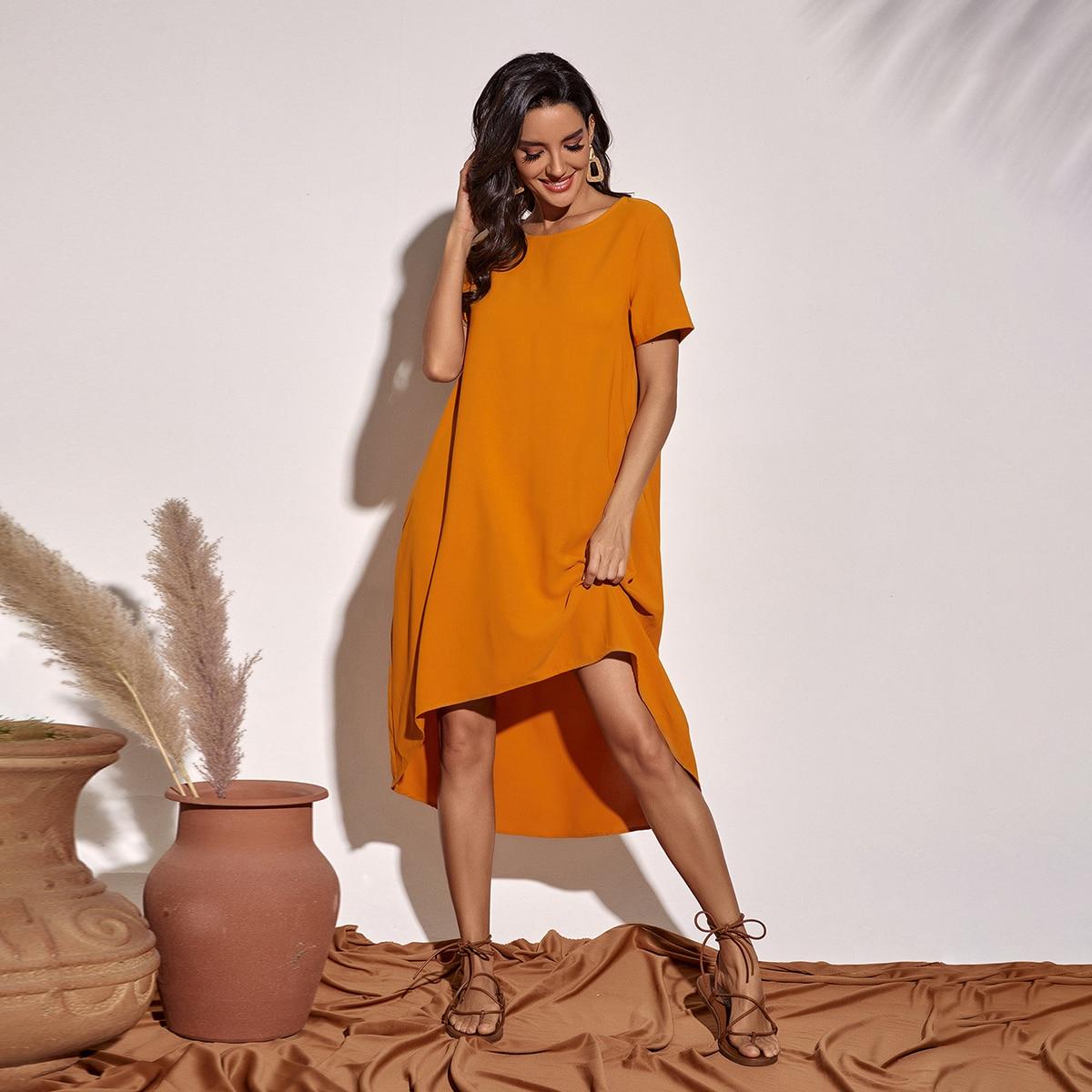 Асимметричное однотонное платье