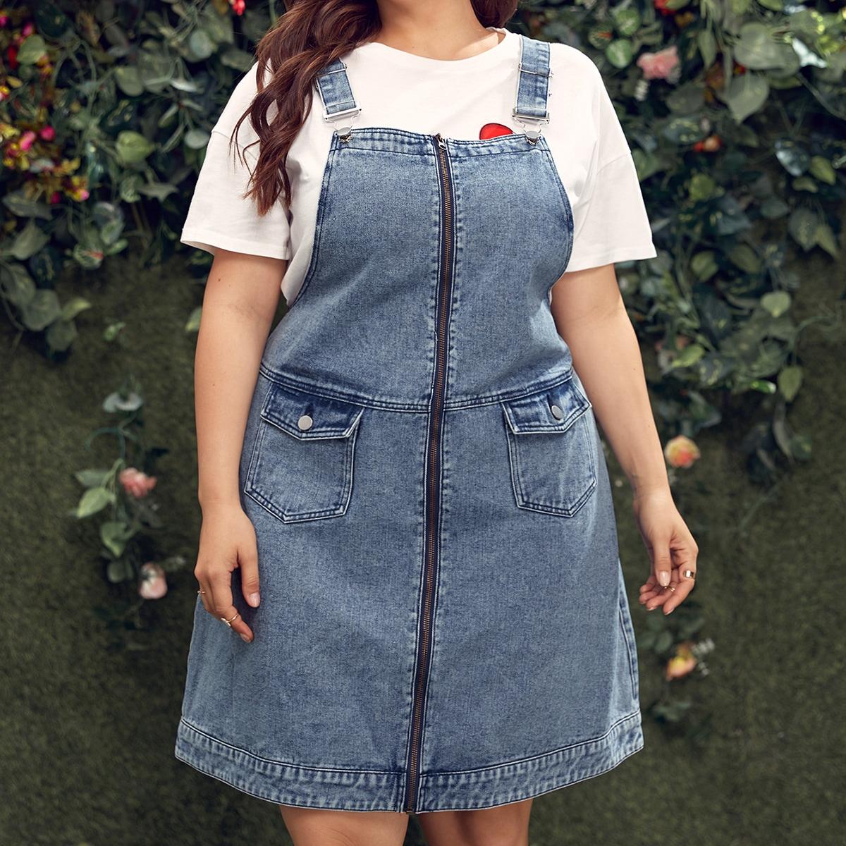 Джинсовое платье размера плюс на молнии с карманом