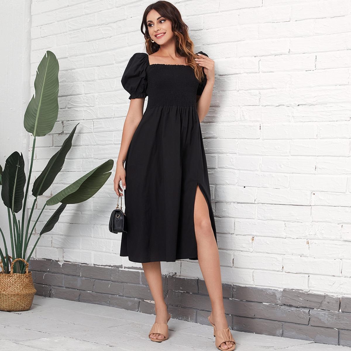 Платье с разрезом и пышным рукавом