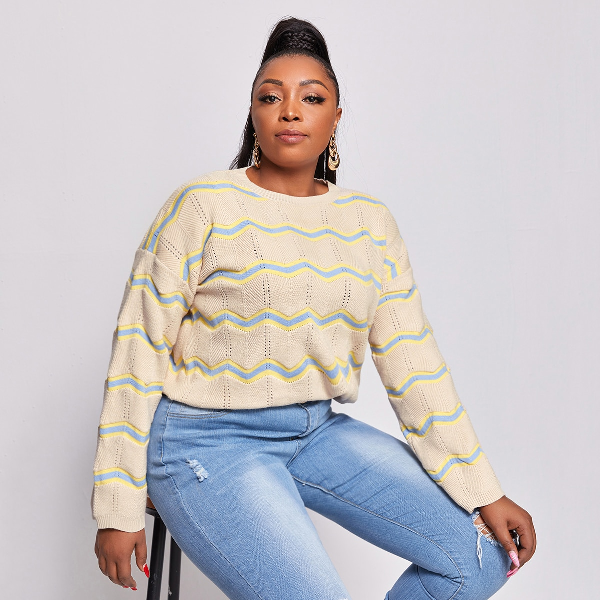 Вязаный свитер размера плюс с полосками волны