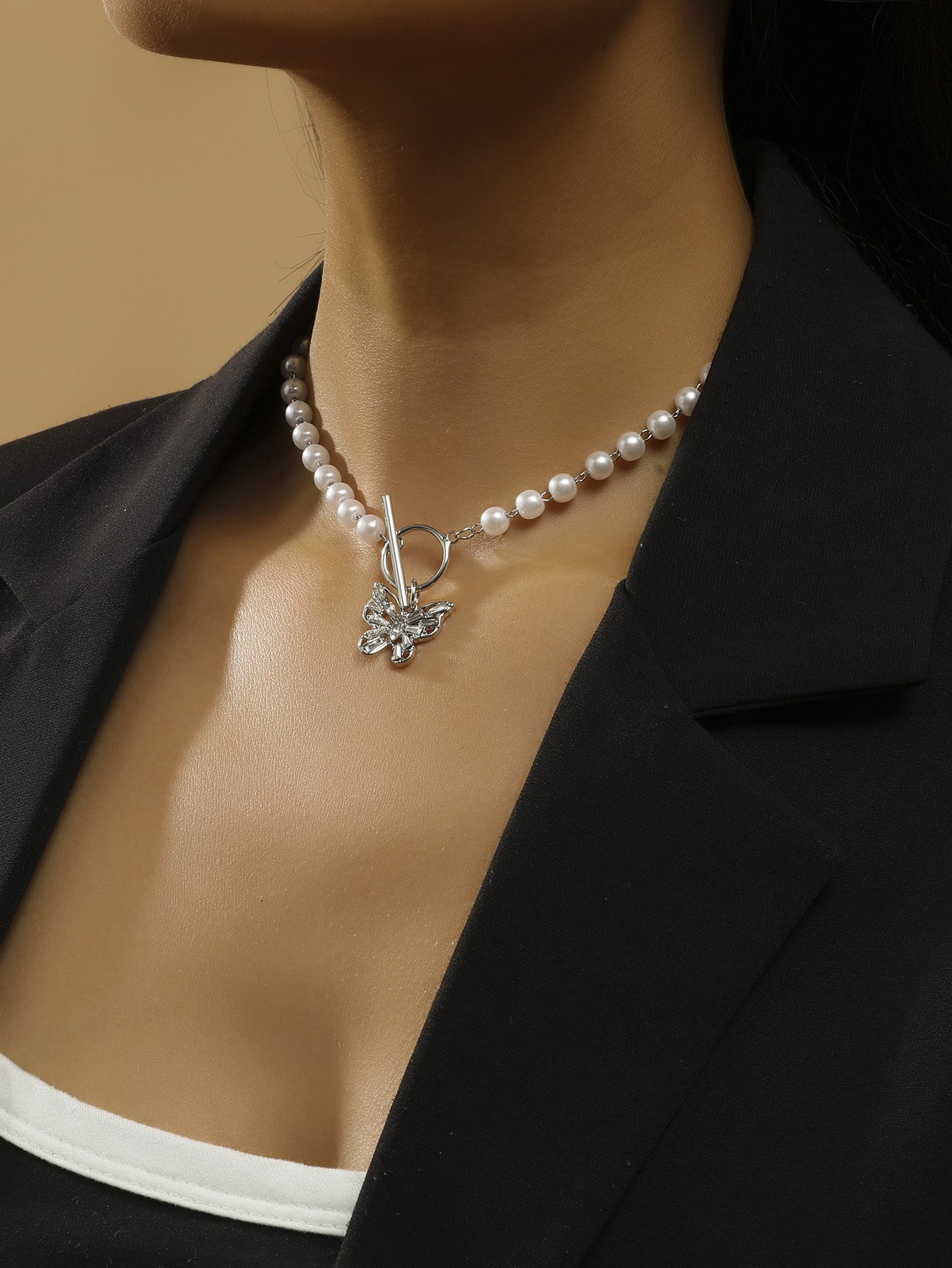 Butterfly Charm Faux Pearl Necklace thumbnail