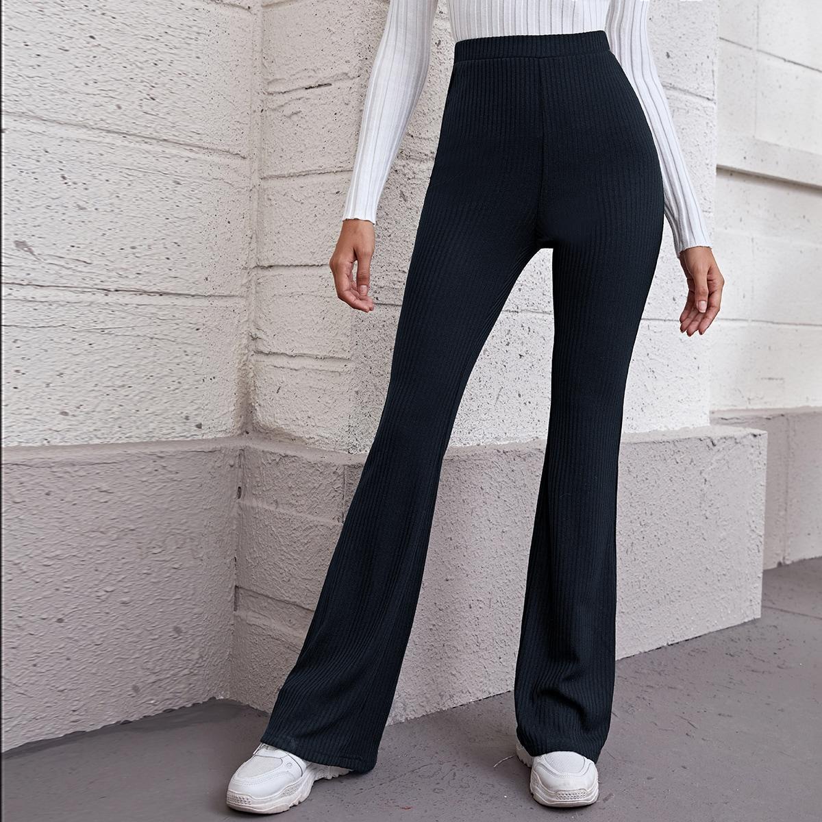 Трикотажные расклешенные брюки